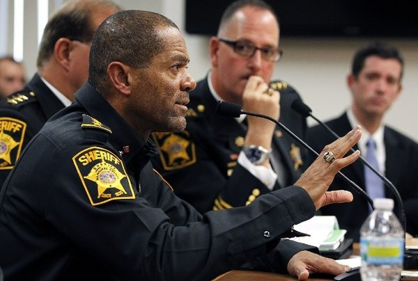 Milwaukee County sheriff: Don't wait for the police; arm yourselves
