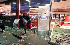 Riots-in-Ferguson-5