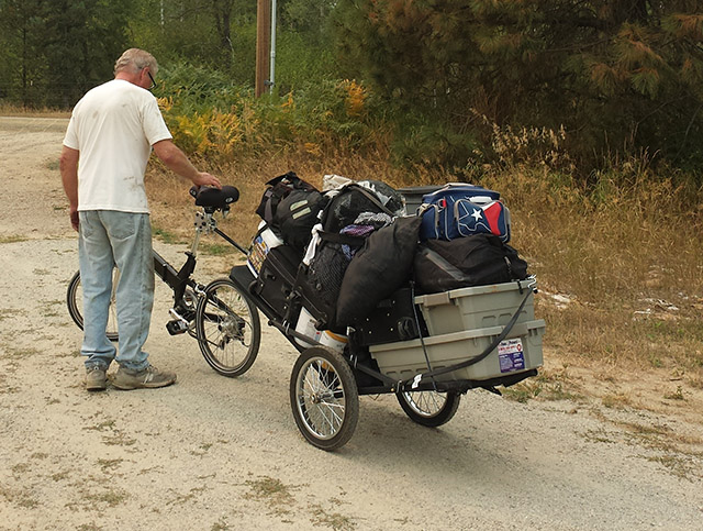A bug out bike rig like this can make travel over long distances much easier.
